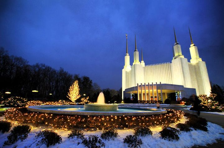 Menikmati Indahnya Cahaya Di Washington DC Pada Musim Dingin